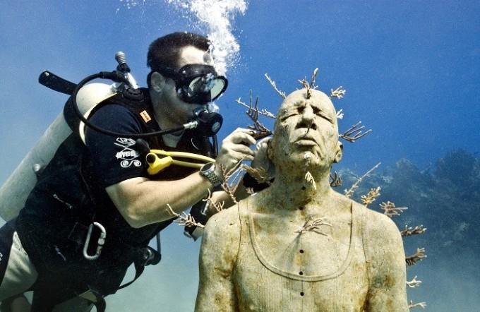 1010-cancun-underwater-museum1-e1339788631169.jpg