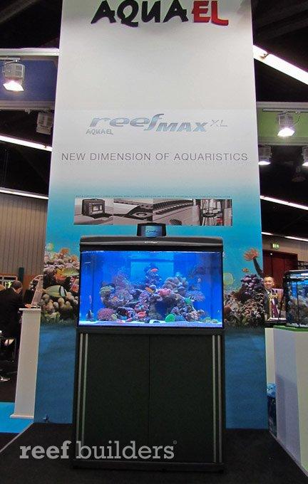 aquael-reefmax-2.jpg
