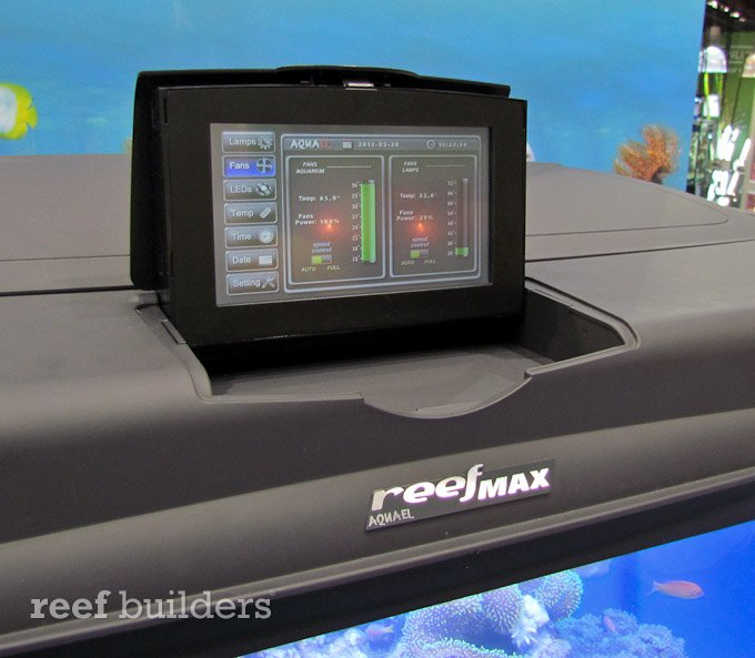 aquael-reefmax-5.jpg