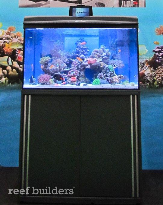 aquael-reefmax-8.jpg