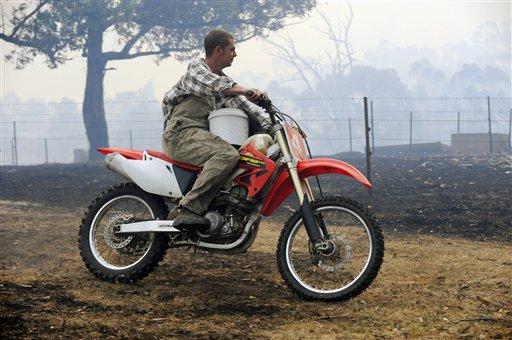 australia-wildfires-2009-2-23-4-3-49.jpg