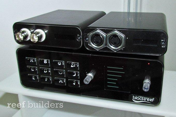 blackreef-controller-1.jpg