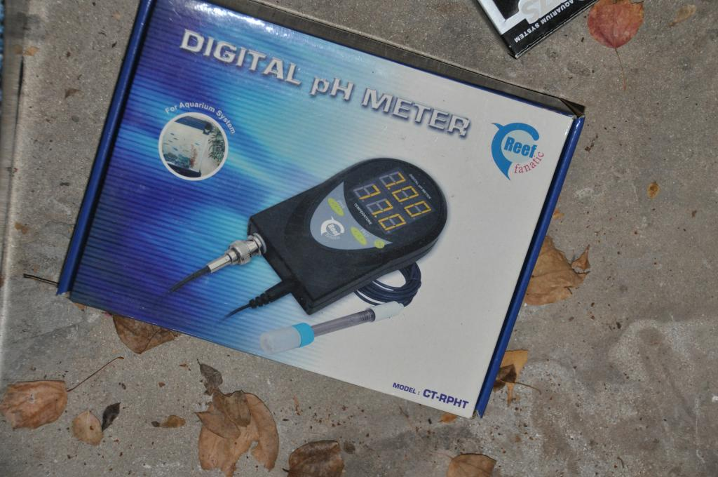 Digital PH meter.jpg
