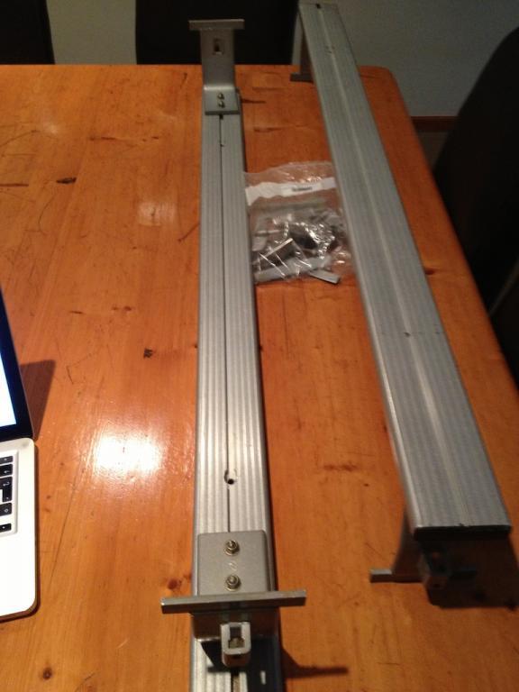 G9 Front runner load bars 1.jpg