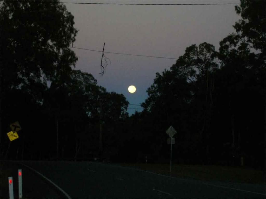 moon-setting.jpg