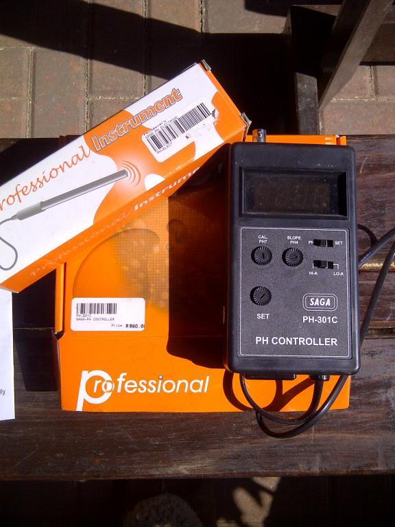 PH controller R850.jpg