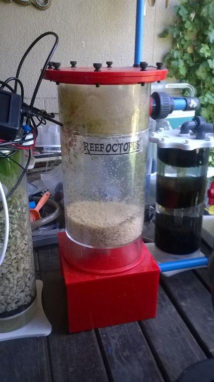 Reef octopus pellet reactor (no pump) big one.jpg