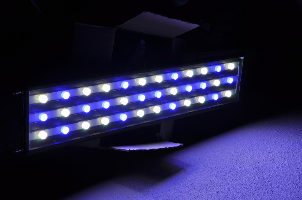 ReefAquatics LED3.jpg