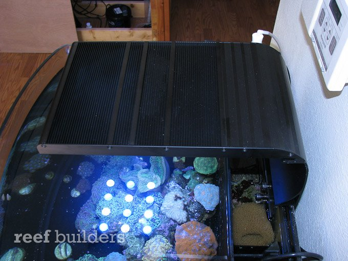 slimline-led-reef-light-10.jpg