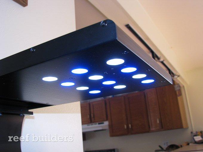 slimline-led-reef-light-5.jpg