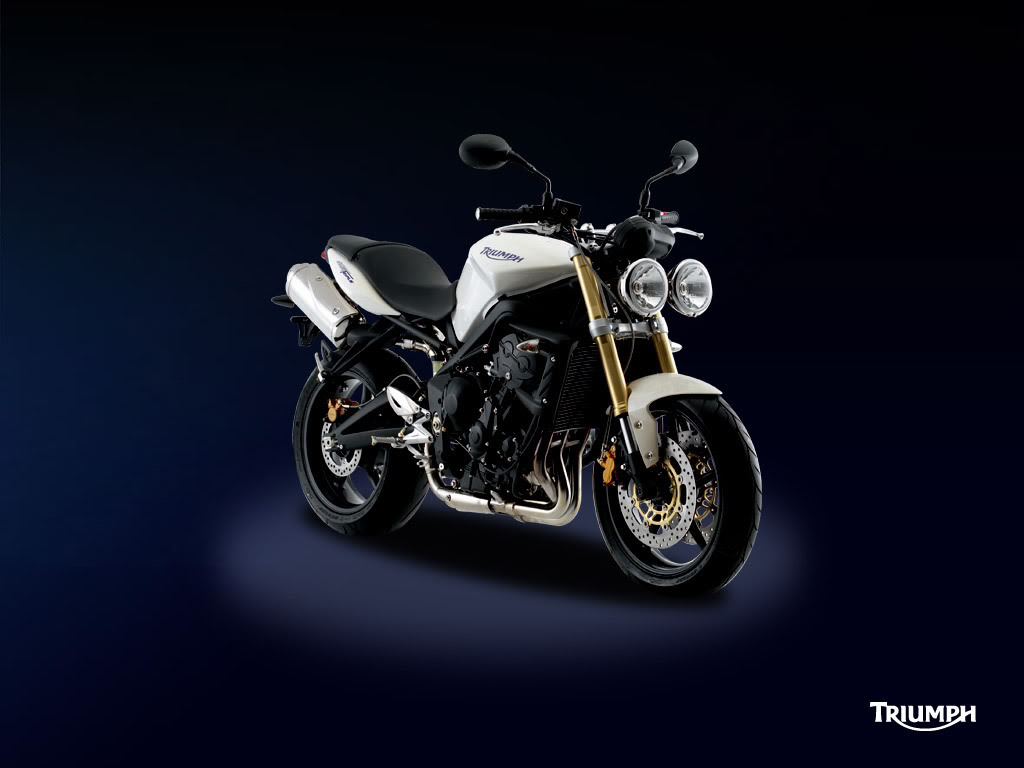 streettriple_download1.jpg