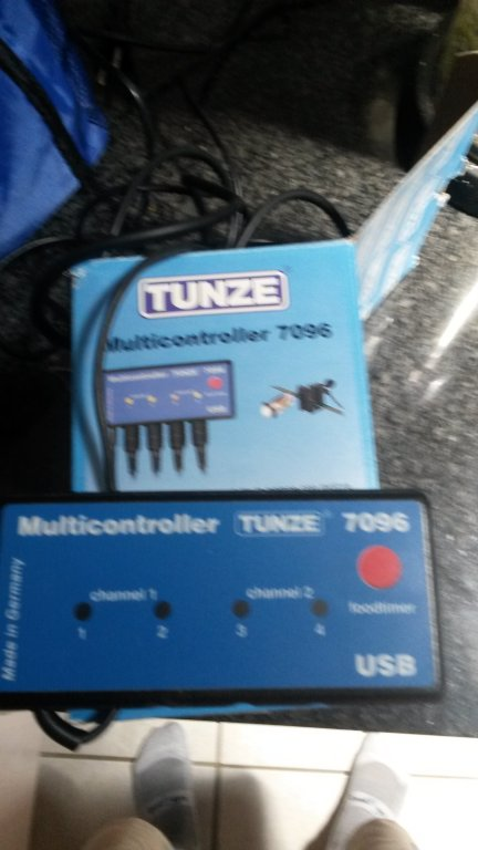 Tunze controller.jpg