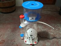Bubble Magus D9 with SP4000 pump